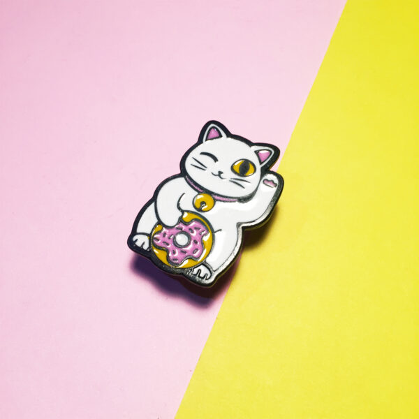 Donut cat pin